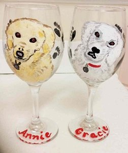 Golden Retriever Hand painted Dog Wine Glasses